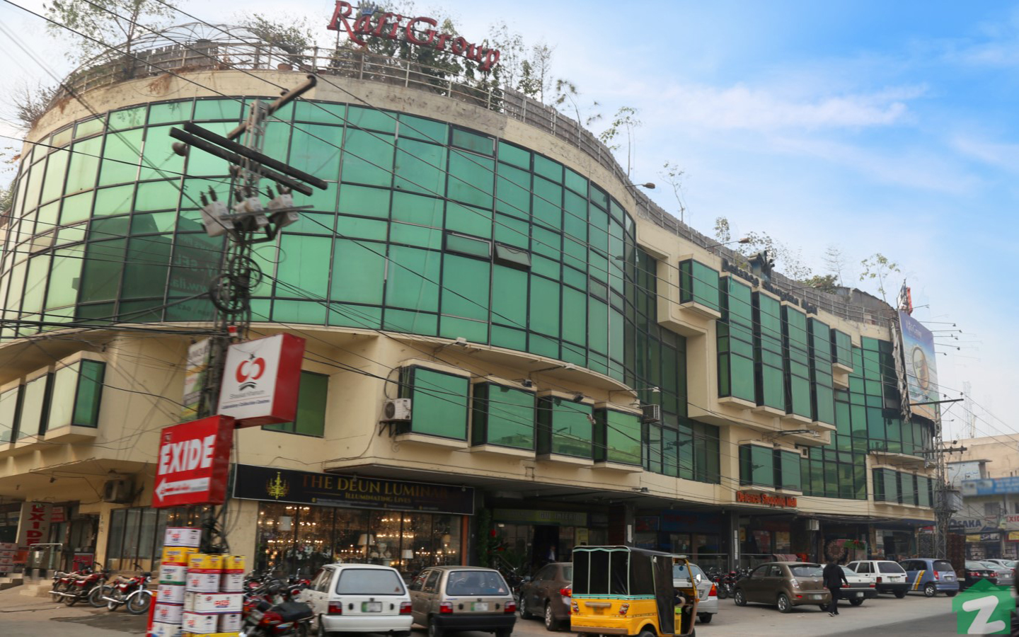 famous shopping mall in DHA Lahore