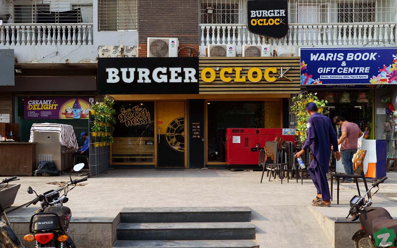 Burger o'clock in Karachi Gulshan-e-Iqbal
