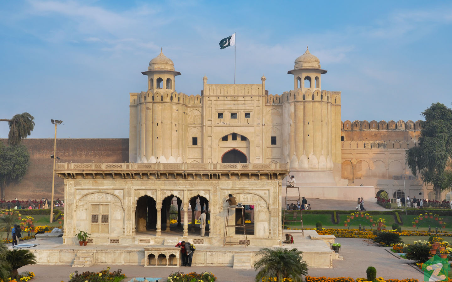 Mughal Emperor Akbar laid the foundation of the Lahore Fort in 1566 AD