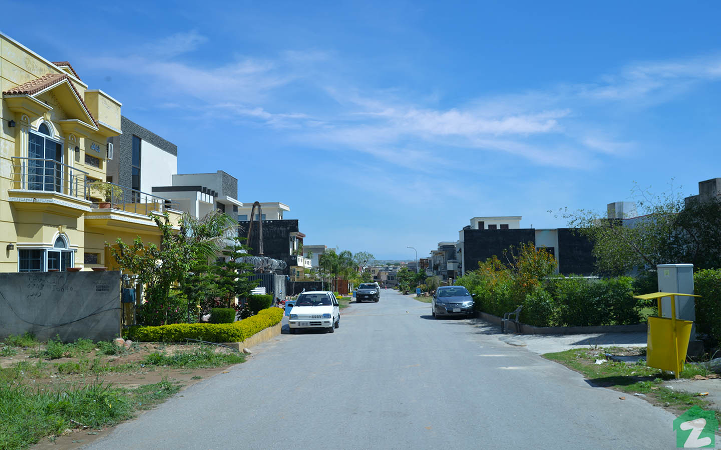 Street view of houses in Media Town