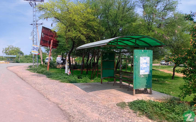Harraka Bus Stop near Village & Post Office Harraka is located on Chakbeli Road