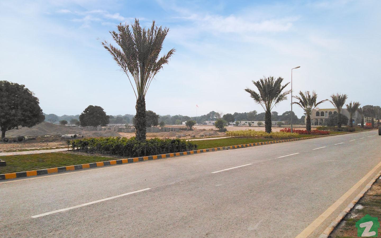 Main Boulevard Of Citi Housing Multan