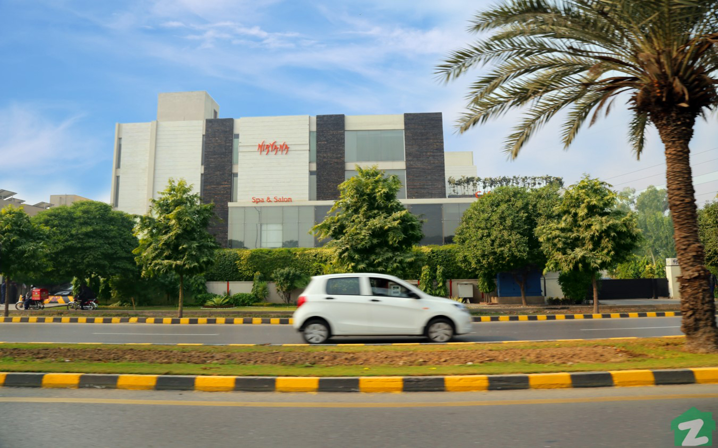 Salon and Spas near Phase 7, DHA Lahore