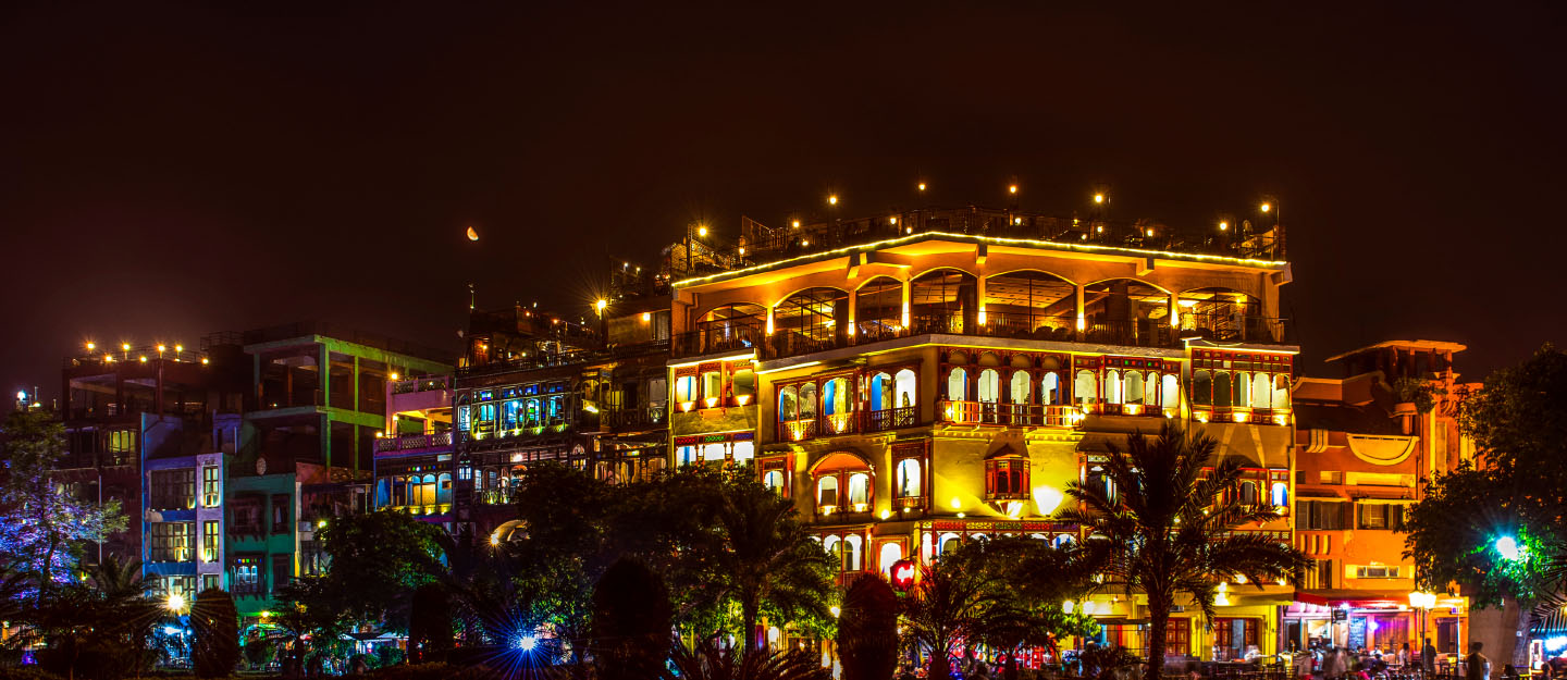 Famous Lahore Food Street is around half an hour drive away form Defence Road Lahore