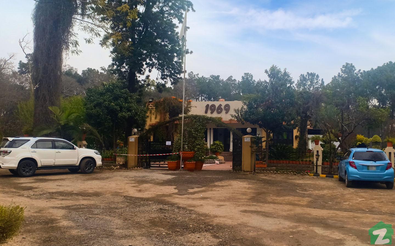 1969 Restaurant on Garden Avenue pays tribute to this golden era of Pakistan