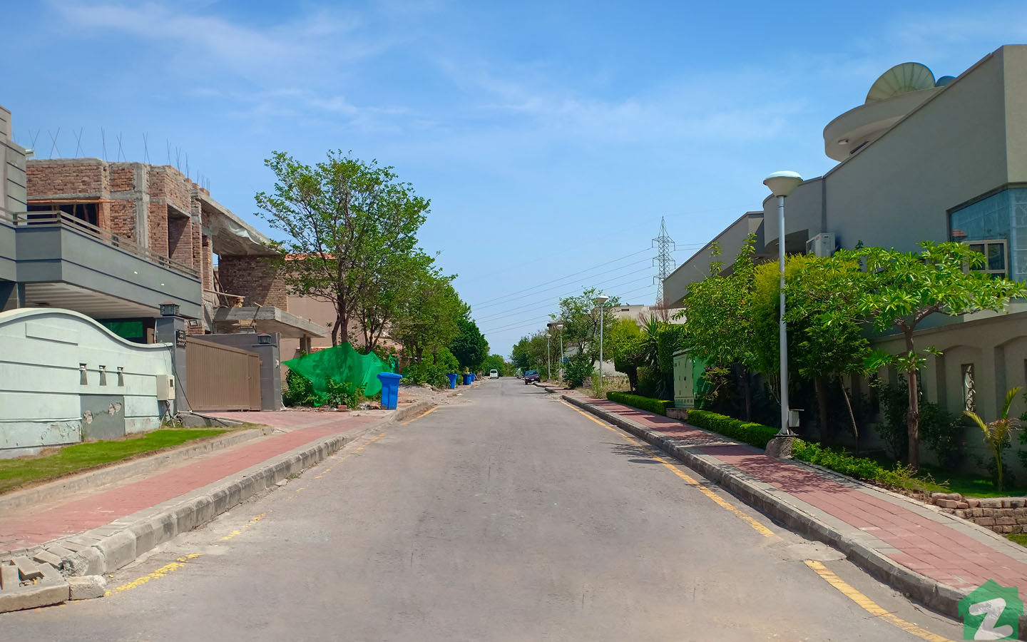 Beautiful houses are up for sale in Bahria Town