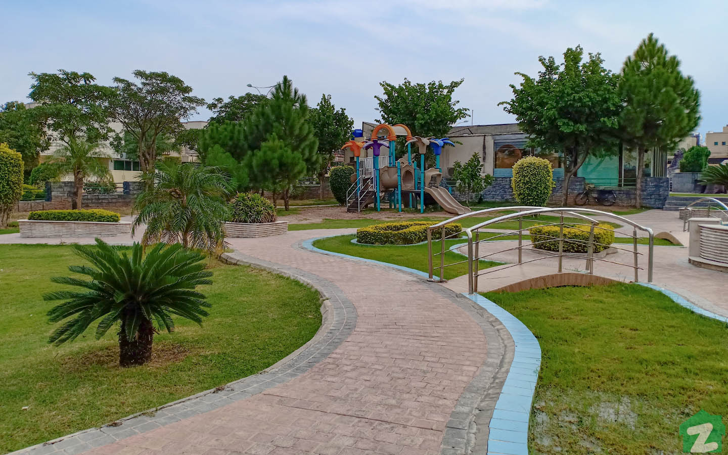 Residents of Phase 4, Bahria Town, can enjoy lazy evening strolls in B Park