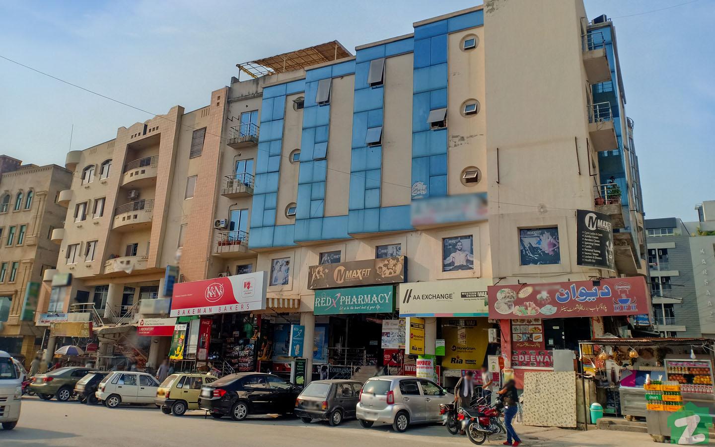 Markets in E-11, Islamabad