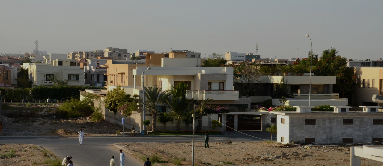 A beautiful residential area surrounding Hill Park Karachi