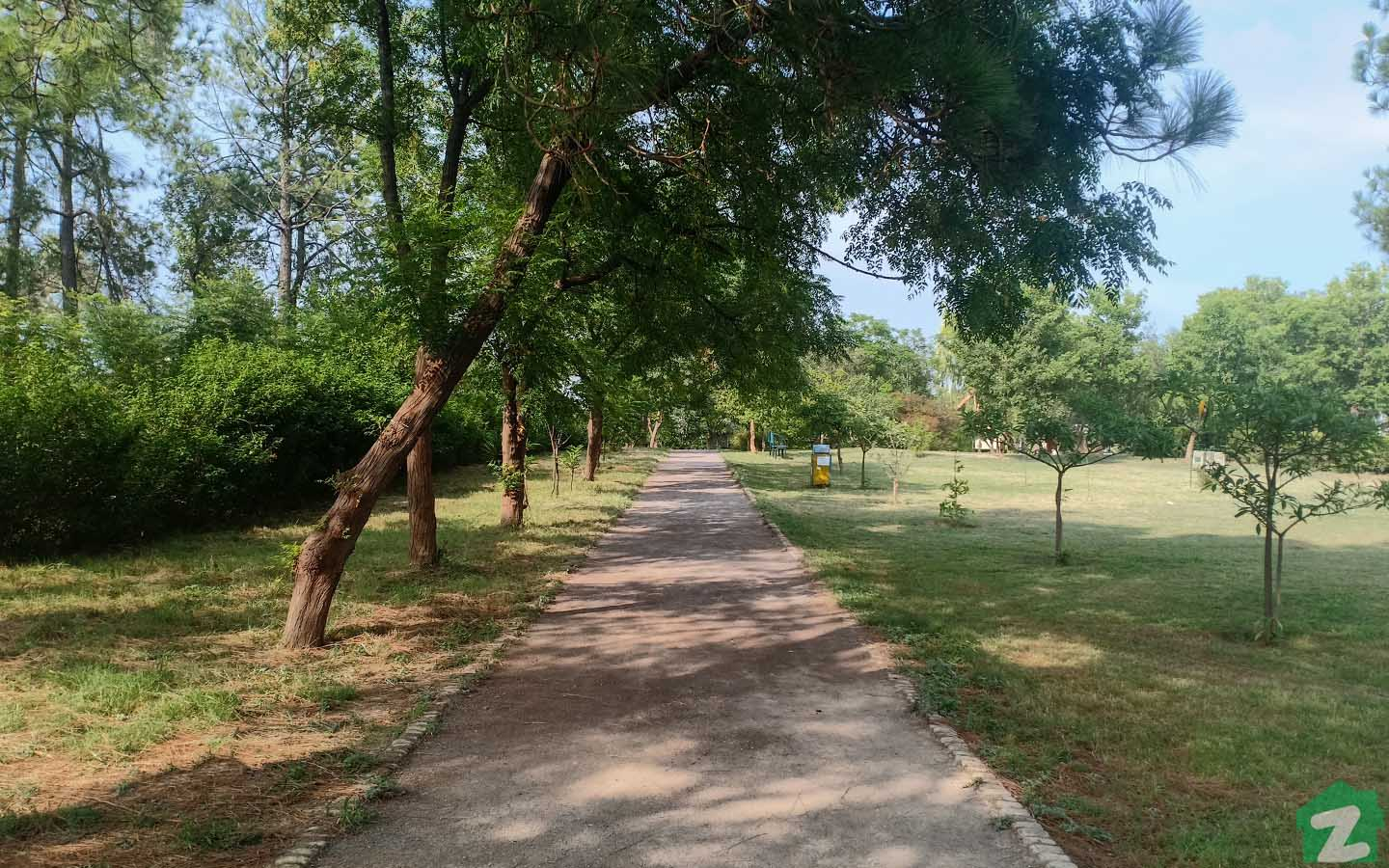 G-10 Islamabad is located in picturesque setting of Islamabad and host many parks