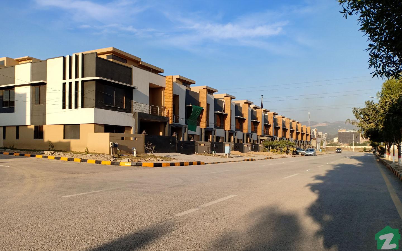 houses in B-17 Islamabad