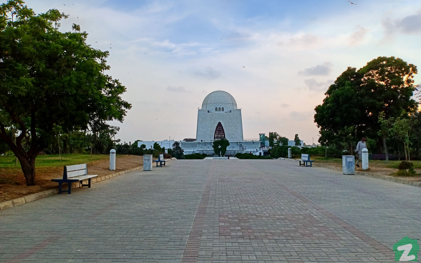 Mazar-e-Quaid is beautiful with its surrounding garden and marble structure.