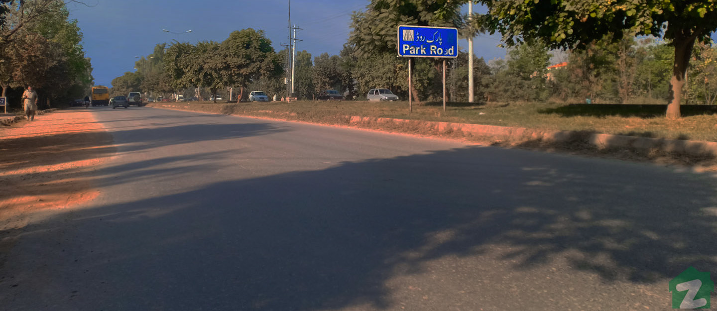 Park Road, Islamabad leads to many popular destination of the city