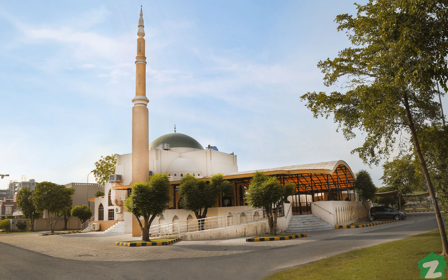 An elegant mosque of DHA Phase 5, Lahore