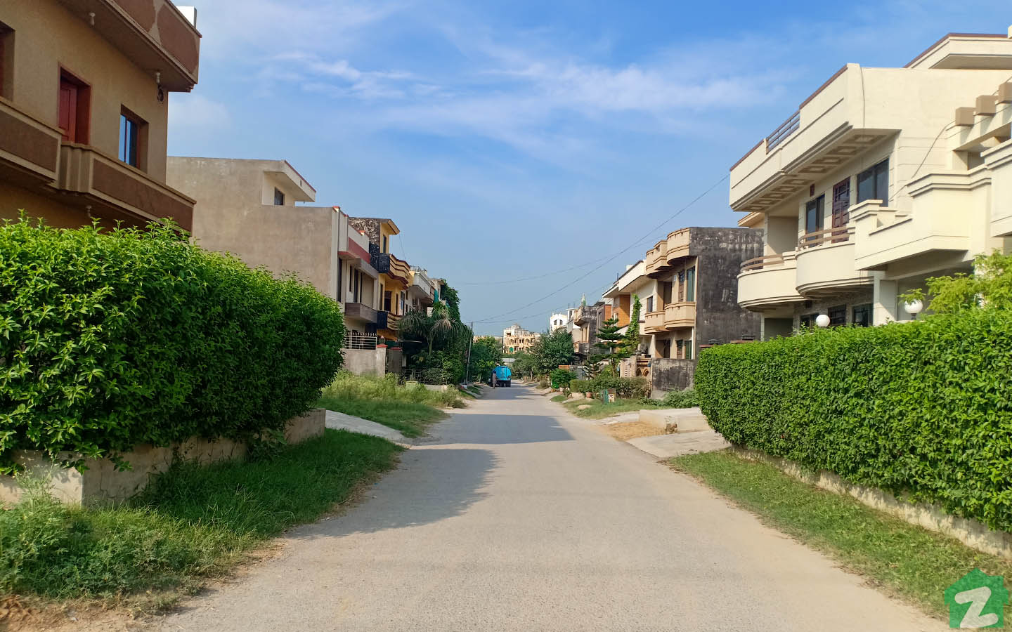 Houses in G-15 Islamabad