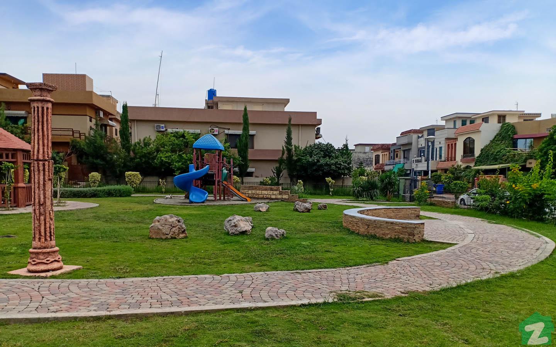 Gray Ribbon Park in Lane 2, CBR Town, Phase 1