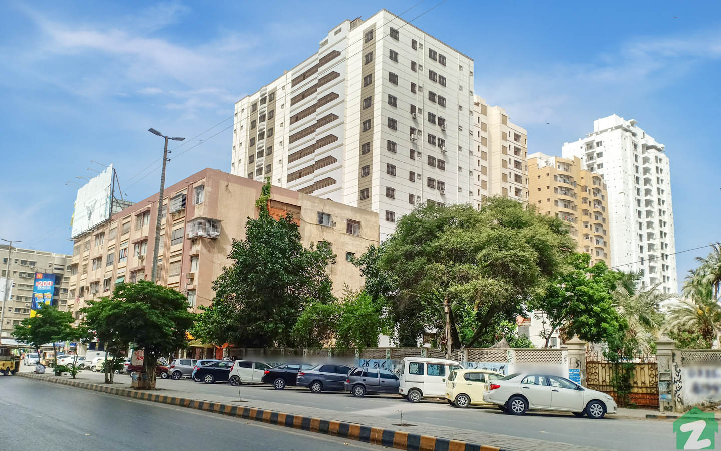 A view of apartments in PECHS, Jamshed Town Karachi