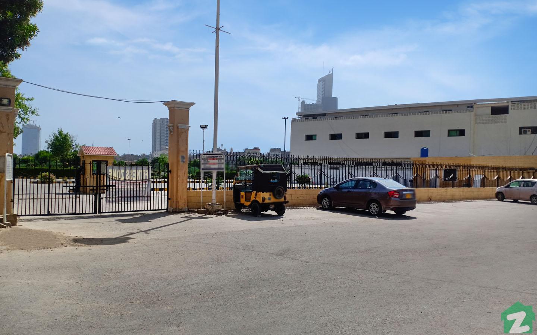 parks near Bahria Icon Tower