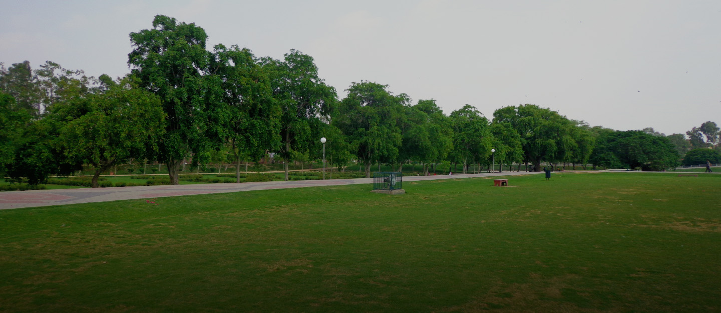 Gulshan-e-Iqbal Park features artificial lakes and a mini zoo.