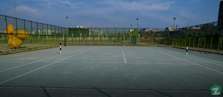 Tennis court in Bahria Enclave