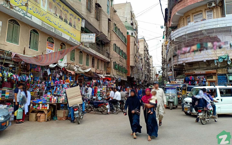 Urdu Bazaar is popular book market of Karachi.